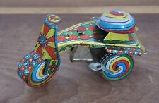 Vintage Rare japonais ou chinois fer-blanc Clockwork windup Romance Tricycle