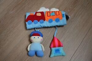 Haba Hängespielzeug, Mobile, Motorik Spielzeug, für die Babyschale, Maxi Cosi