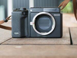 Ricoh GXR Leica M mount module and body. Mini M8.