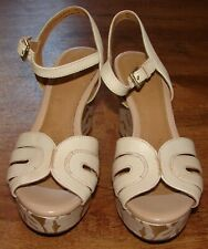 CLARKS AMELIA PAGE NUDE LEATHER PLATFORM WEDGE SANDAL SHOES SIZE 7 PREOWNED