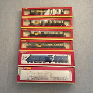 Hornby 00 Gauge Joblot - Trains And Carriages - 4468 Mallard, 4079 Pendennis