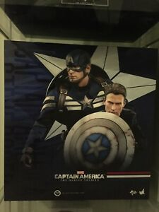 Hot Toys MMS243 Captain America Winter Soldier:  Stealth STRIKE Steve Rogers set