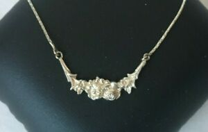 Necklace sterling silver.925. Handmade pendant Flowers design