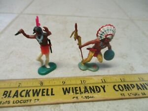 VTG Crescent Toy Co Indian Chief 1/32 54mm Plastic Army Men Figures Soldiers