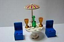 Lego Minifig Furniture UMBRELLA TABLE & 2 Blue CHAIRS Glasses Beach Patio Home
