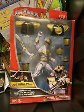 Power Rangers Super Mega Force Armored Mighty Morphin White Ranger Figure