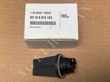 BMW Genuine E60 E61 5-Series Bulb Socket For Turn Signal In Headlight NEW