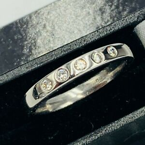 Solid 18ct White Gold 5 Stone 0.18ct Diamond Ring UK sz O 1/2 L312