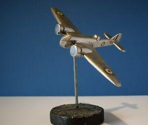 BRISTOL BLENHEIM TRENCH ART MODEL AEROPLANE SKYBIRDS AEROMODELER WW2 I/D MODEL