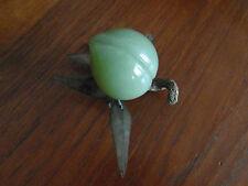 5) - Pêche fruit en pierre dure verte 5,4 X 5 cm  xxe  CHINE ASIE