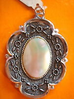 SUPERBE MEDAILLE NACRE VERITABLE  VINTAGE 70 NEUF/NEW OLD ABALONE  MEDAL