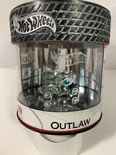 Hot Wheels Oil Can Petersen Museum Green Outlaw w/Real Riders