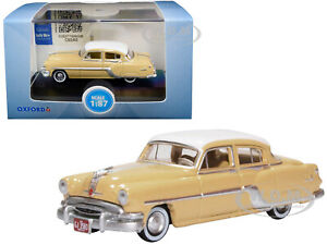 1954 PONTIAC CHIEFTAIN 4 DOOR YELLOW 1/87 HO DIECAST MODEL CAR OXFORD 87PC54002
