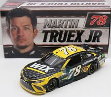 #78 TOYOTA NASCAR 2017 * WIX FILTERS * Martin Truex jr. - 1:24 lim.