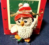 Hallmark keepsake Christmas ornament ice-skating owl vintage 1985 with box