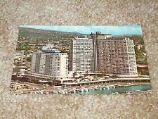 ILIKAI HOTEL - HONOLULU, HAWAII - 1960's NICE NON-POSTED CHROME POSTCARD