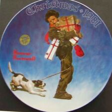 "Knowles-NORMAN ROCKWELL-1981-""WRAPPED UP IN CHRISTMAS "" NLE plate-USA-NEW!"
