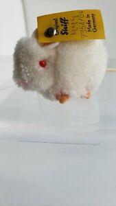 """VTG Steiff Woolie Pom Pom White Mouse 1968-84; 1.5""""  button, flag: 7354/04"""