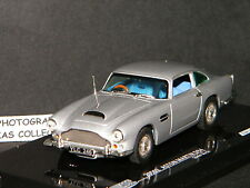 ASTON MARTIN DB4 SILVER BIRCH BY VITESSE 1/43 Ref 20502