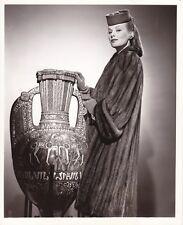 FAYE EMERSON Original Vintage 1943 BERT SIX Warner Bros. Fashion Portrait Photo