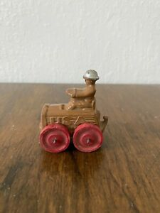 Vintage Barclay Manoil M73 Vehicle Soldier Toy with Front Tow