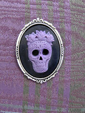 HANDMADE GOTH / Day of the Dead PURPLE Sugar SKULL CAMEO SP BROOCH/PIN /Tie Tack