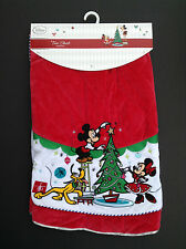 DISNEY Store CHRISTMAS QUILTED TREE SKIRT MICKEY MINNIE PLUTO Red White NEW