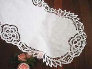Elegant Wide Hand Batten Lace Flower Embroidery Cotton White Oval Table Runner