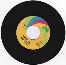 CROSSOVER SOUL 45RPM - BETTY EVERETT ON UNI - RARE!  SOUND CLIP