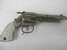 COWBOY KING CAST IRON CAP GUN - EXCELLENT