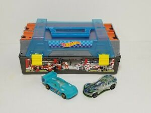 Hot Wheels Race Case Track Set, Complete with Cars & Track EUC