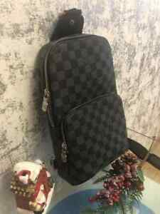 LOUIS VUITTON AVENUE SLING BAG 100% authentic