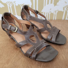 INDIGO by Clarks Strappy Leather Open Toe Sandals w/ Wood Block Heel Size 8.5 M
