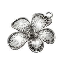 Corazón de metal plateado plata del encanto del 10 TB90