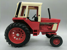 VINTAGE INTERNATIONAL FARMALL 1586 TRACTOR-1/16 SCALE-FREE SHIPPING