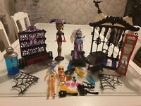 Monster High inner doll Abbey Bomenable Clawdeen Wolf lots of accessories Bundle