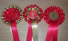 Meilleure Nouveauté in Show Best Pedigree et meilleur Crossbreed 2 étages rosettes chien