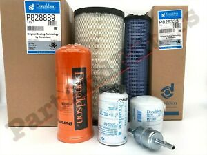 Service Filter Kit for Case SR200 SR220 SR250 SV250 SV300 TR270 TR320 TV380