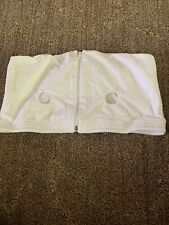 medela hands free bra- Large (white)