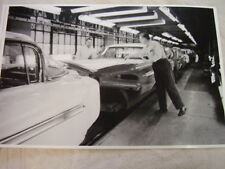 1959 CHEVROLET  ASSEMBLY LINE  11 X 17  PHOTO  PICTURE