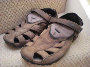 Teva S/N Mens Sandals Walking Hiking Shoes  Closed Toe uk size 12 euro 47
