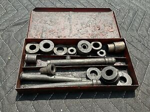 Vintage Snap On Bushing Driver Set No. A-157A with original metal case