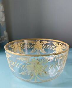 Antique Bohemian Flower Etched Gilded Gold Glass Beautiful Bowl 14.5cm Diameter.