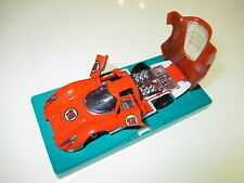 Porsche 907 in orange #18, Märklin RAK #1815 in 1:43 on pedestral Sockel!