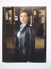 MARISKA HARGITAY SIGNED 8x10 PHOTO DC/COA LAW & ORDER SVU