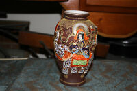 Antique Japanese Moriage Satsuma Vase Raised Elephant Dragon Spiritual Leaders
