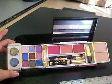 Lico Makeup Compact: Eyes(Eye Shadow, Lash Brush), Cheeks(Pressed Powder; Blush)