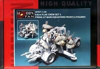Hobby Fan 1/35 HF-571 WWII German 8.8cm Flak Crew Firing at March (Set3) - 5 Fig