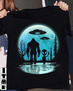 Funny Bigfoot Alien UFO Blue Moon Men Women T Shirt Cotton Black S-5XL