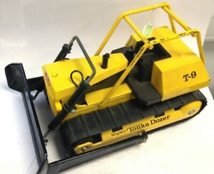 Vintage Tonka Truck T-9 Yellow And Black Bulldozer Collectable #297